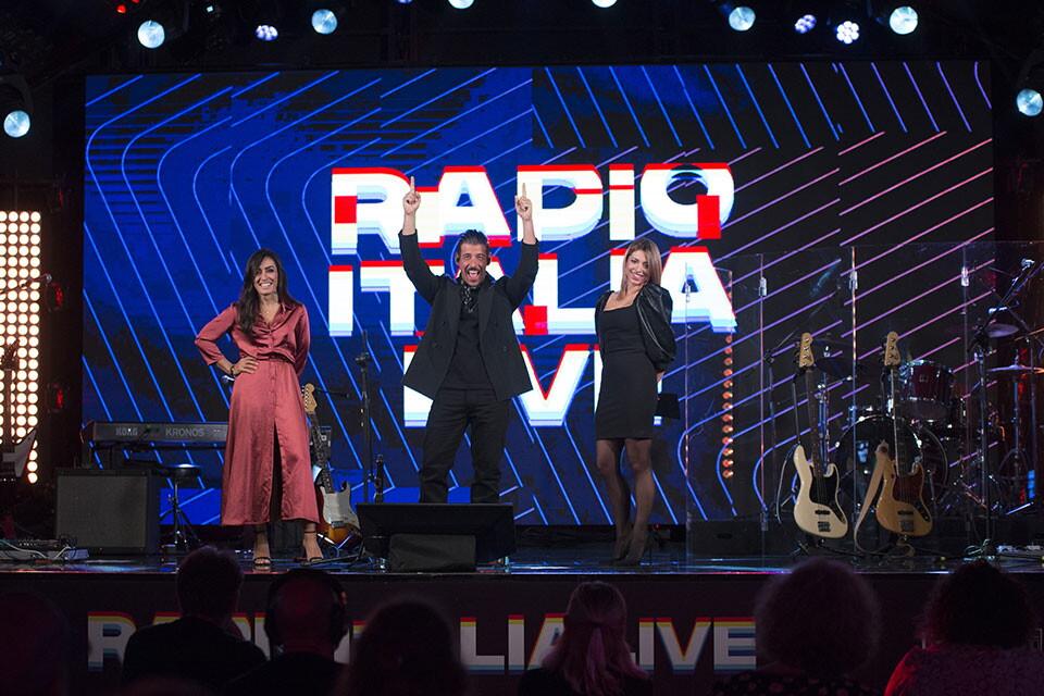 FRANCESCO GABBANI A RADIO ITALIA LIVE (06/11/2020)