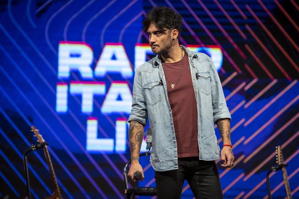 FABRIZIO MORO A RADIO ITALIA LIVE (29/01/2021)