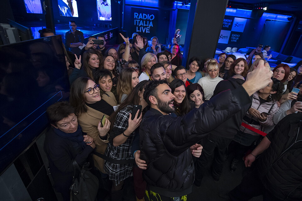 MARCO MENGONI A RADIO ITALIA (05/12/2018)
