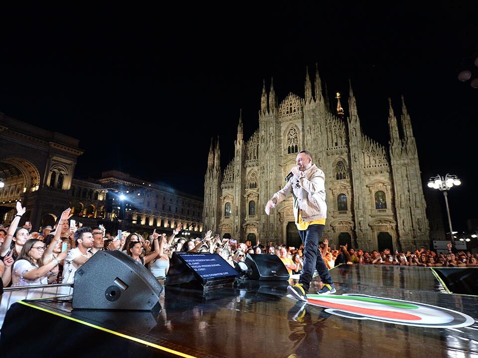 FABRI FIBRA A RADIO ITALIA LIVE IL CONCERTO 2018
