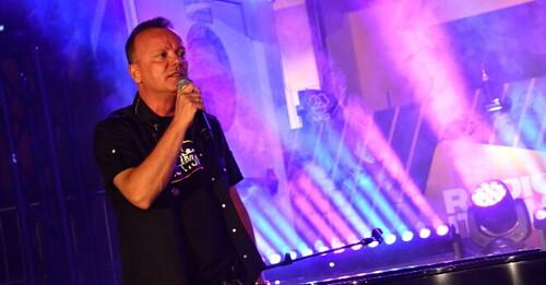 """Gigi D'Alessio: ecco il concerto """"a richiesta"""" per RADIO ITALIA LIVE ESTATE"""