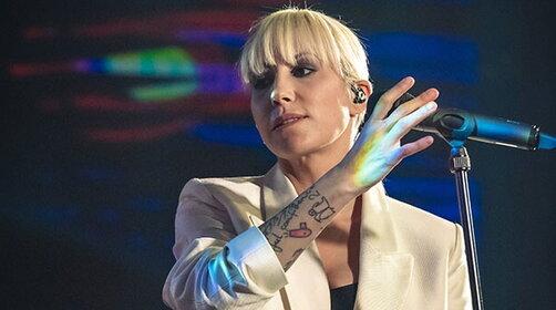 "Malika Ayane presenta dal vivo ""Malifesto"" a Radio Italia Live"