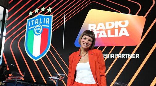 I rigori di Alessandra Amoroso da Casa Azzurri con Radio Italia