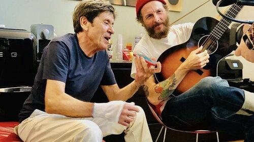 """Gianni Morandi: con """"L'Allegria"""" spopola la challenge #UnCalcioERipartire"""