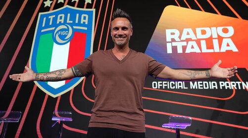 Nek a Radio Italia: Un'estate Normale, il tour e le 35 canzoni scritte in lockdown