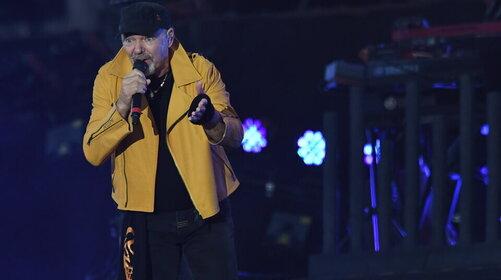 """Vasco Rossi, """"Siamo solo noi"""" da 40 anni: il video e l'album in 3 versioni"""