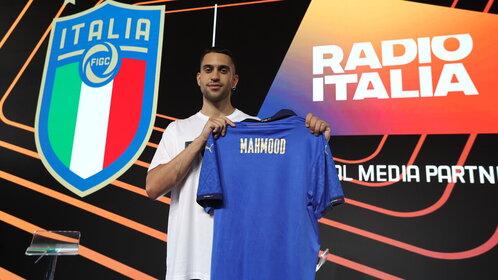 I rigori di Mahmood da Casa Azzurri con Radio Italia
