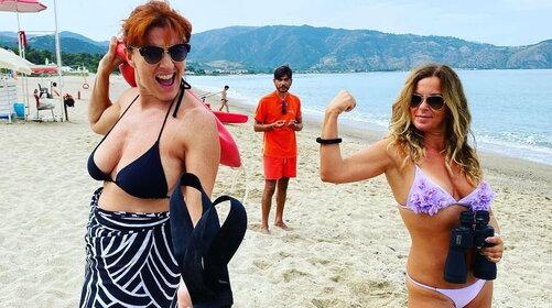 Tindiario 3: avvistate in Sicilia due possibili protagoniste di Baywatch
